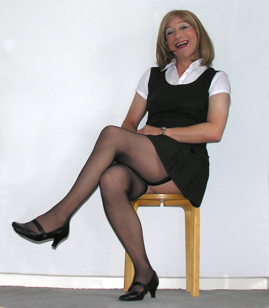 Mature Women In Stockings Pics