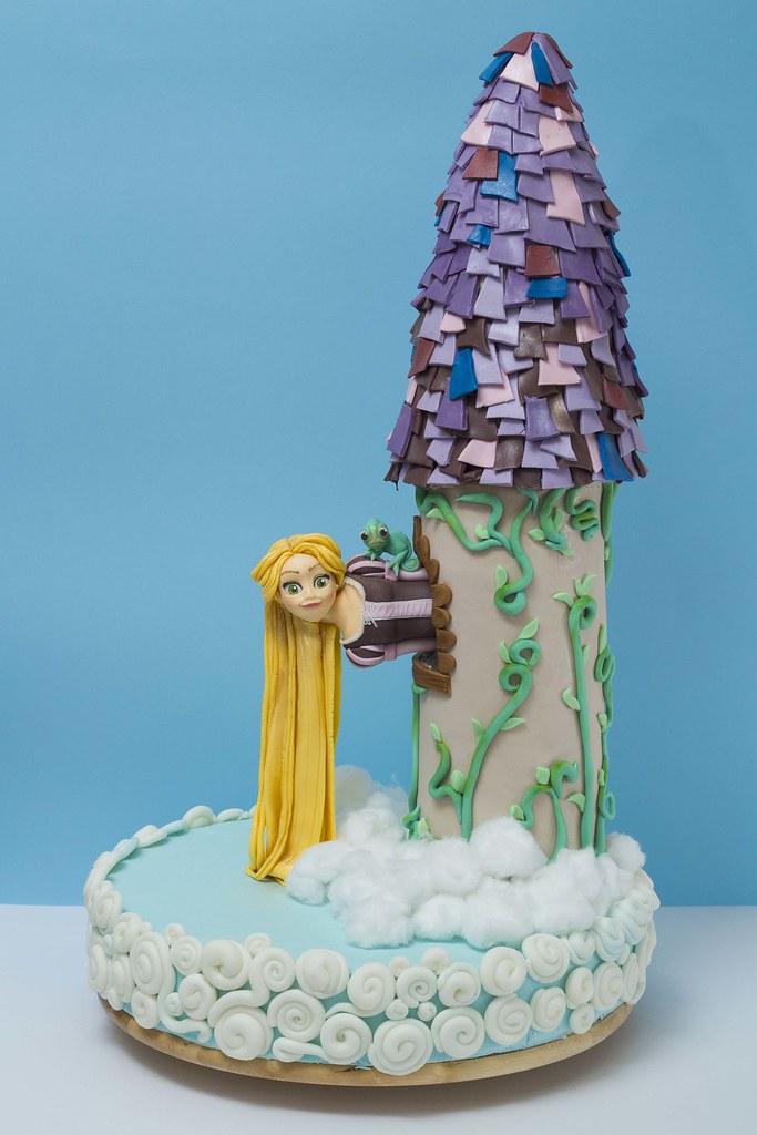 torre di rapunzel visit it. Black Bedroom Furniture Sets. Home Design Ideas
