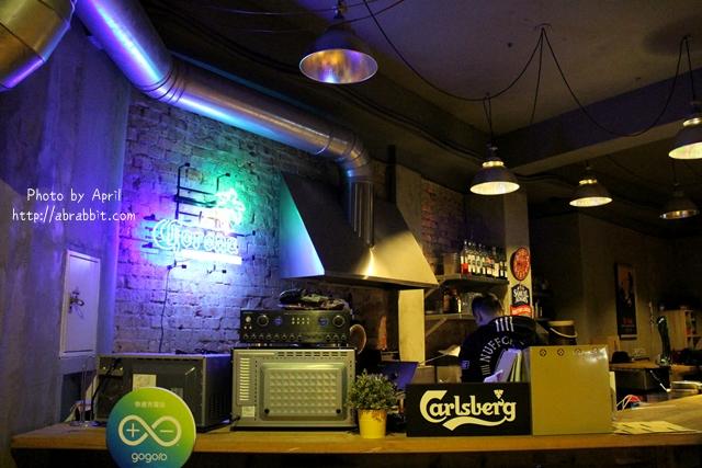 33168354012 a2c3ccd9ef o - 美國時間 Migocigen café,近一中商圈,深夜來份邪惡的熔岩起司薯條吧!(已歇業)