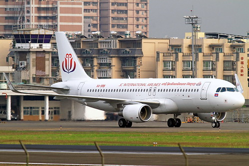 XU-998 JC International Airlines  Airbus A320-214 (WL)