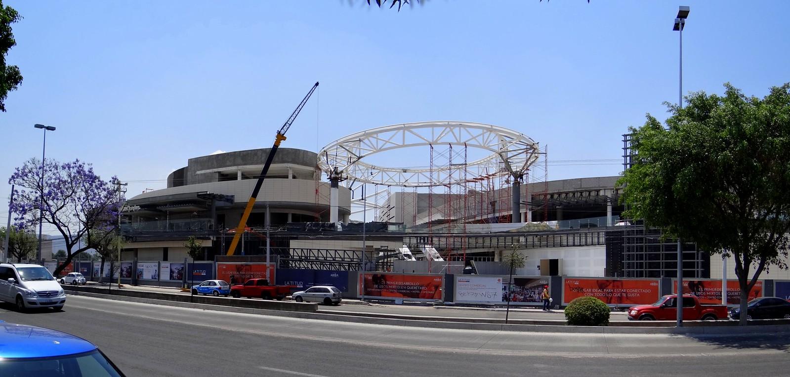 Proyectos y construcci n centros comerciales page 338 for Puerta la victoria