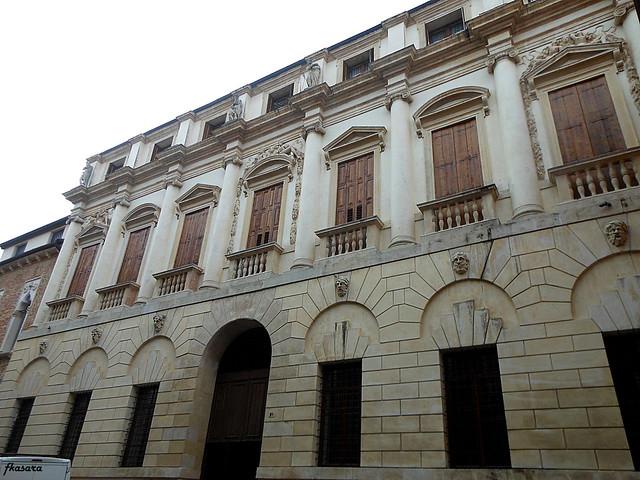 Palazzo Iseppo da Porto, Vicenza