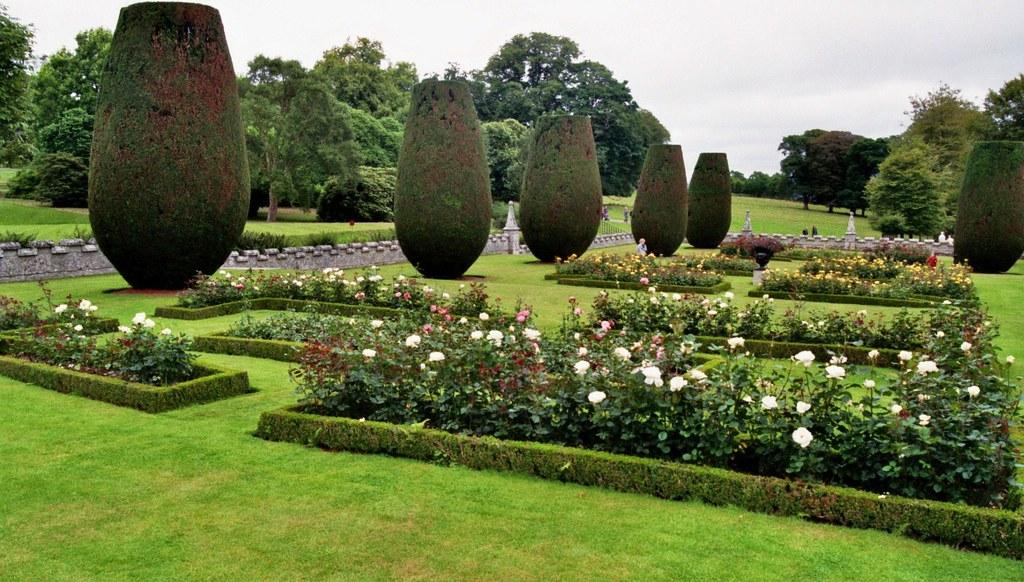 Jardins la fran aise lanhydrock house cornouaille ang for Au jardin de la famille de fabreville
