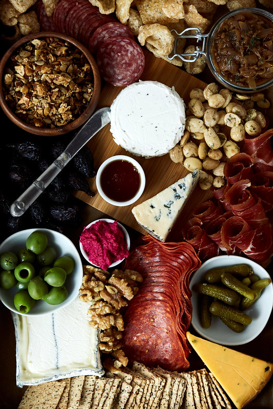 How-to Build an Epic Grain-free Cheese and Charcuterie Board