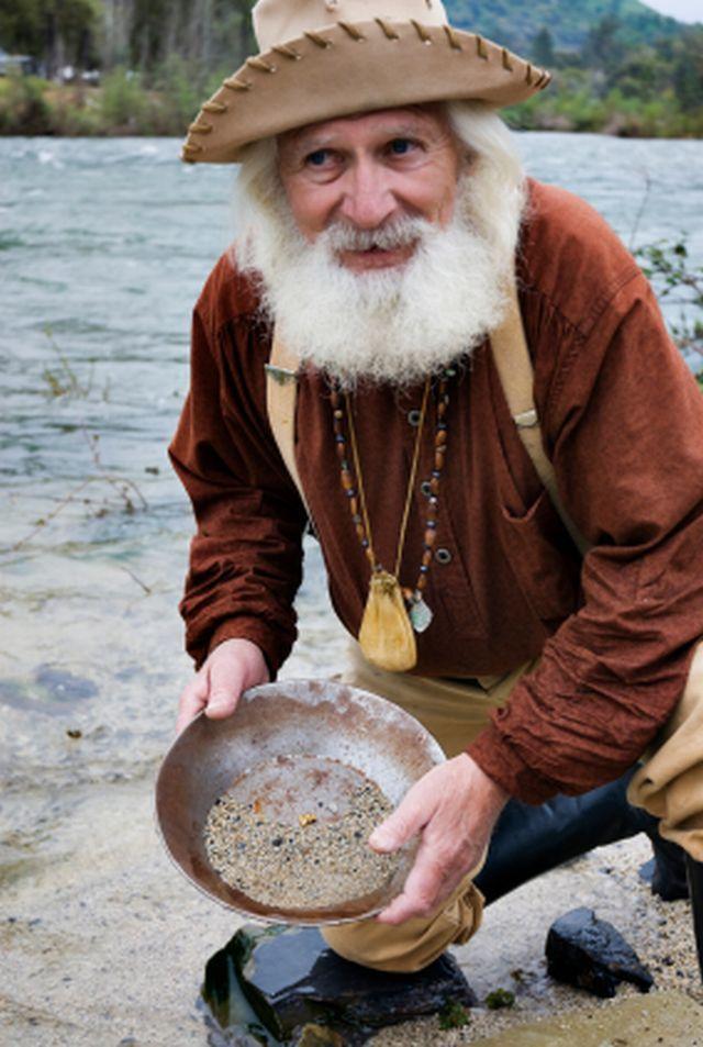 old man prospecting