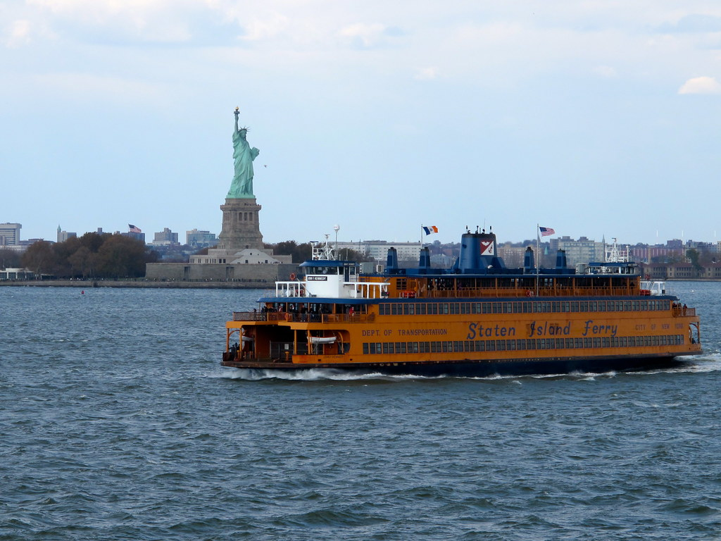 Liberty Island Ferry Busses From Th Ave
