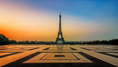Eiffel sunrise | by Michiel Buijse