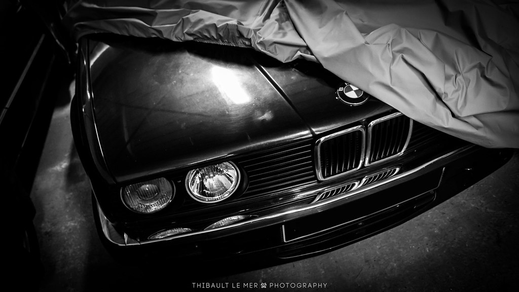 Bmw fan 39 s garage bmw 325i cabriolet e30 canon 600d ef for Garage bmw ivry