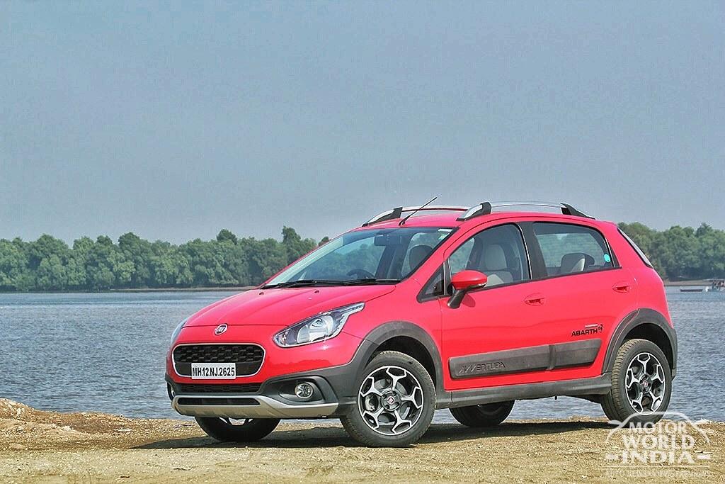 Fiat-Avventura-Urban-Cross-Front-Three-Quarter
