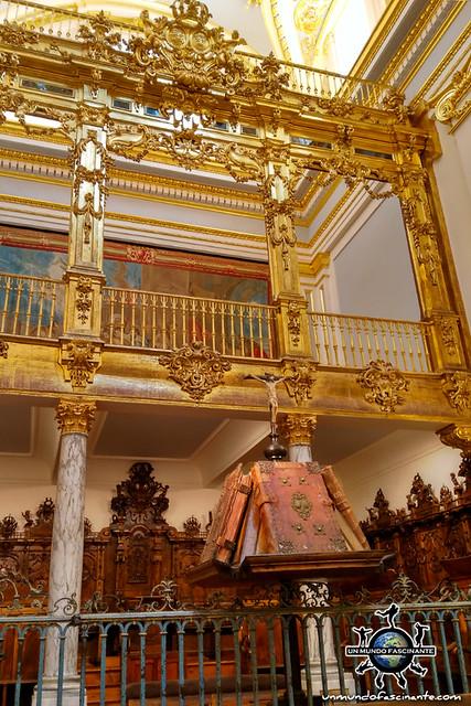 Interior Colegiata de la Santísima Trinidad. Palacio de la Granja de San Ildefonso. Segovia, Castilla y León. España.