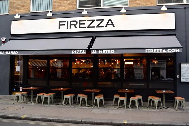 Firezza, Soho | www.rachelphipps.com @rachelphipps