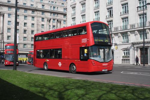 London United VH45198 LJ16EWX