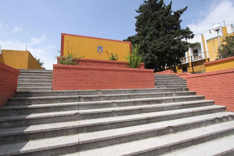 PINTURA-MURAL-ESCALERAS-UNED-EMALGESA-006.jpg_10604339291