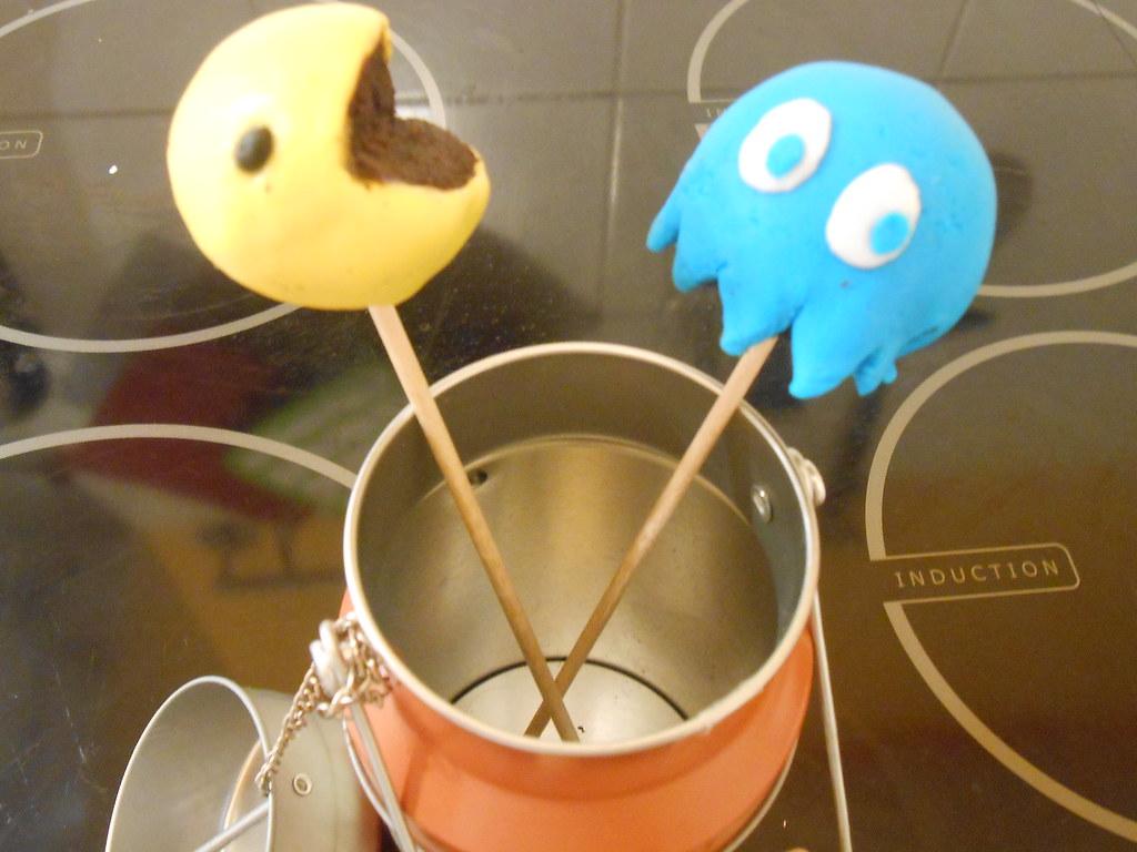 Cake Pops Décors Pate A Sucre Amel Délices Flickr