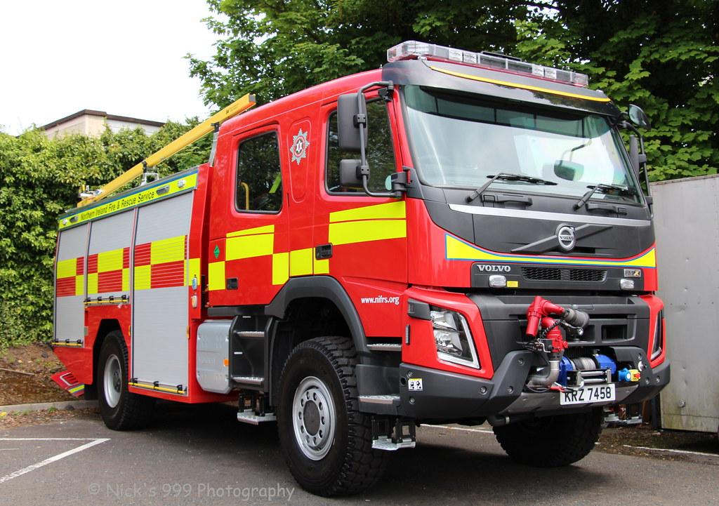 ... Northern Ireland Fire & Rescue Service / W2302 / KRZ 7458 / Volvo FMX  4x4 /