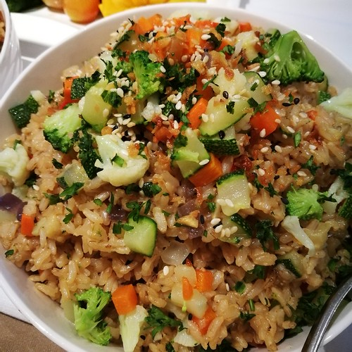 DavaoFoodTripS.com : Brown Rice Stir-fry Vegetables | Seda Abreeza Summer Treats in Misto, Flavors of the Philippines and Their International Rice Bowls
