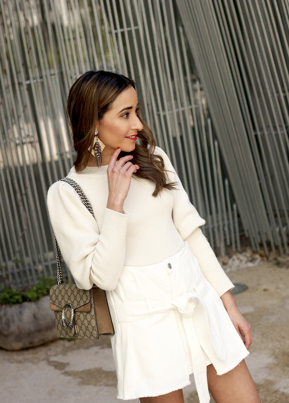 White skirt white sweater blue light mules uterqüe gucci bag céline sunnies spring outfit style outfit09