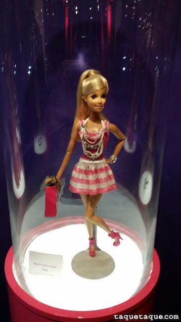 Barbie Fashionistas (2010)