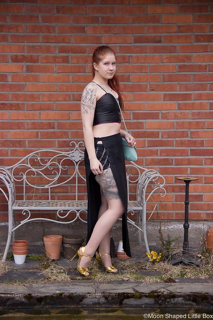 Ghostin Keikalle Asu Läppähame Nahkatoppi Guccit OOTD outfit fashion rockstyle blogger tattoos bloggaaja rock tyyli nahkatoppi keikkatyyli look