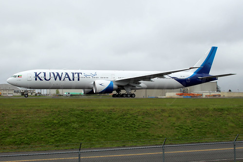 Boeing 777-369(ER) Kuwait Airways 9K-AOJ LN1491