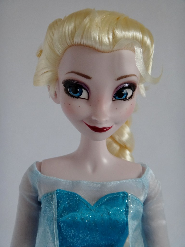 Elsa Singing 16 Doll Frozen Us Disney Store Purchase