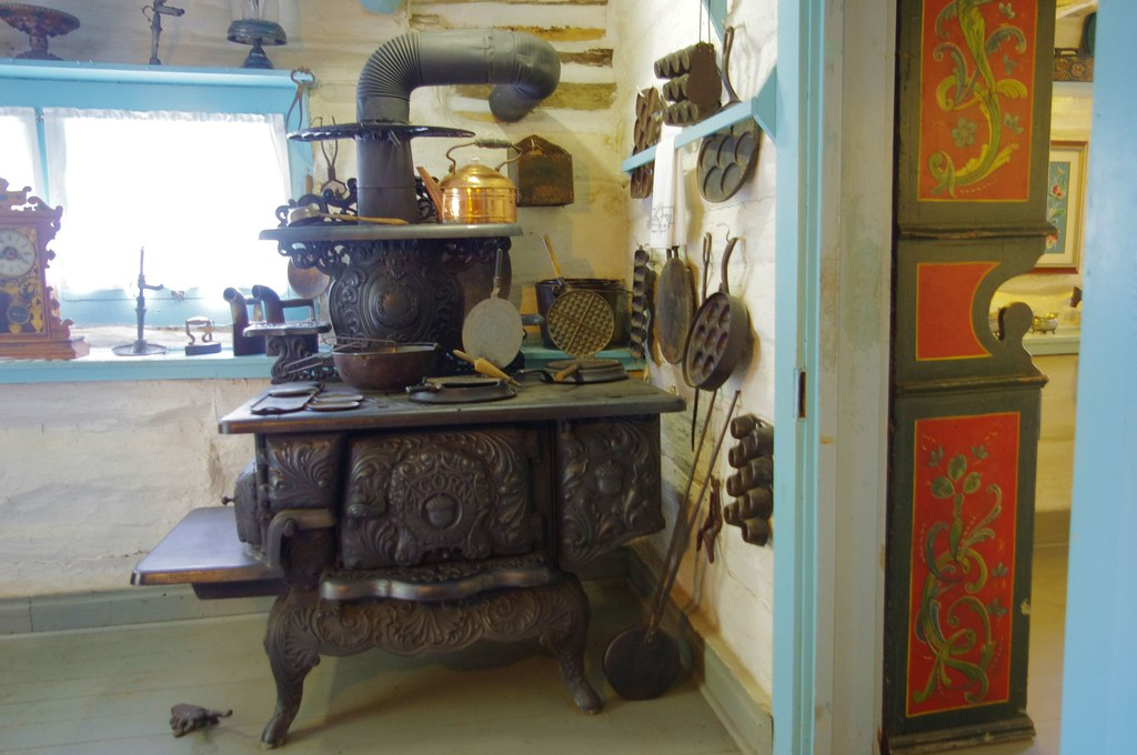 Photo Favorite: Ornate stove and other display artifacts at Little Norway living museum, Wisconsin, September 17, 2012 (Pentax K-r)