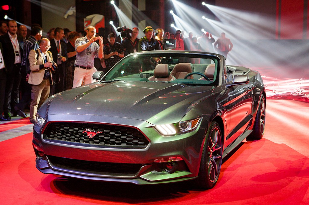 2015 ford mustang convertible reveal 12 5 2013 in nyc flickr. Black Bedroom Furniture Sets. Home Design Ideas