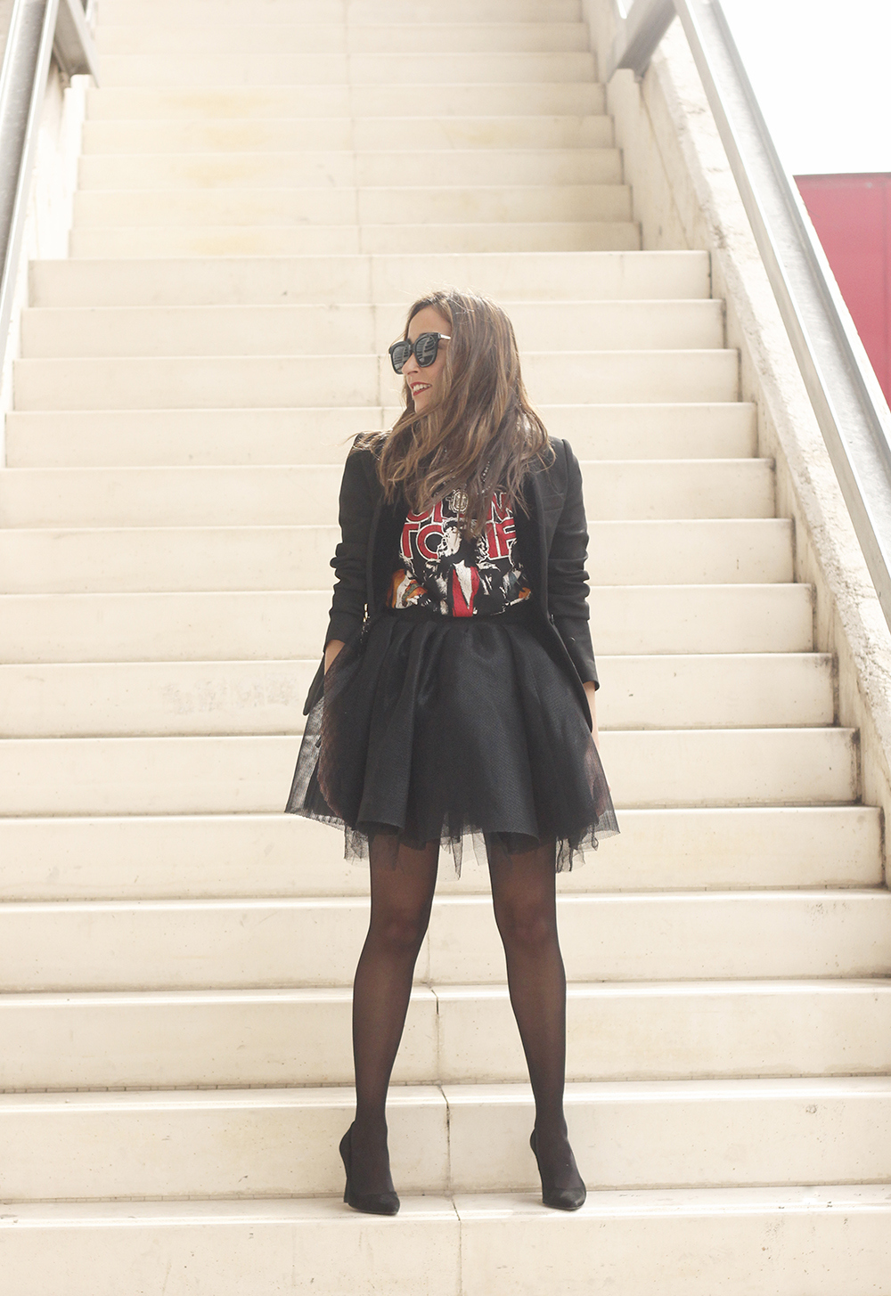 Tulle black skirt blazer maje heels coach bag necklace uterqüe madrid fashion week street style fashion outfit06