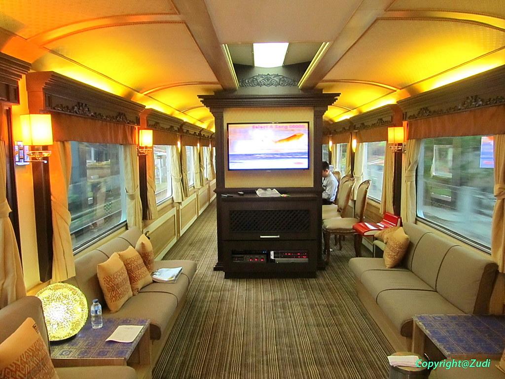 Kereta Wisata Jawa A Luxury Wagon That Offering  Stars Ho Flickr