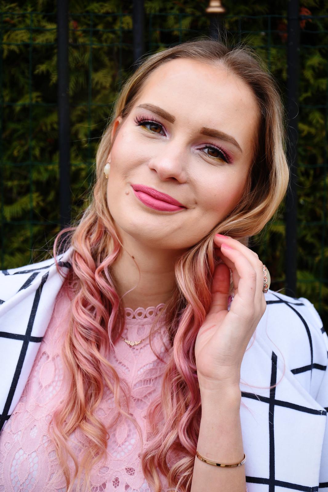 L'Oreal Colorista hot pink hair colour