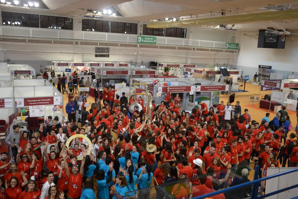 Grupo Salón De Estudiantes Y Ferisport 2017 Universidad De