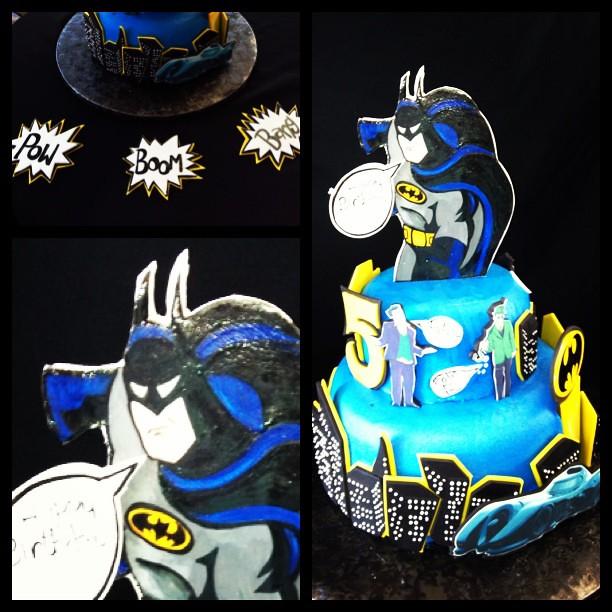 Batmobile Catwoman Riddler Penguin Joker Battcall Pow