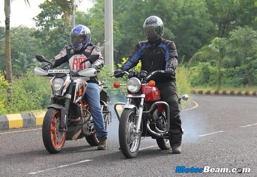 Ktm duke 390 vs yamaha rd350 45 faisal a khan flickr for Yamaha 221 vs 222