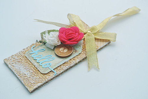 A-textured-and-layered-tag
