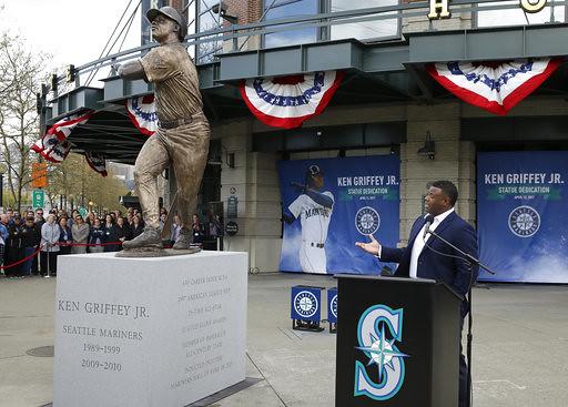 Mariners Griffey Statue Baseball