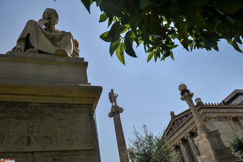 Aristoteles y Apolo