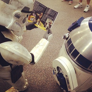 #swrd #starwarsreadsday #library | by orangerful