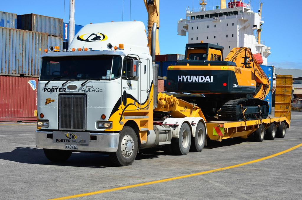 Peterbilt porter haulage auckland docks flickr for Porte zen fiber