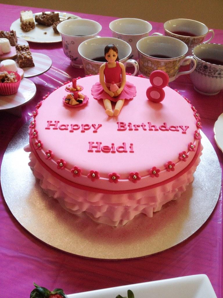 Heidis 8th Birthday Cake Sandra Socake Flickr