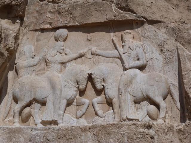 Relieve persa en Naqsh-e Rostam (Irán)