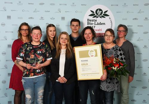 """ebl-Naturkost-Filiale ist """"Bester Bio-Supermarkt"""" der Schrot&Korn Leserbefragung"""