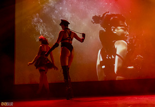 LAURA DESIREE monde ose burlesque ball 20 | by Eva Blue
