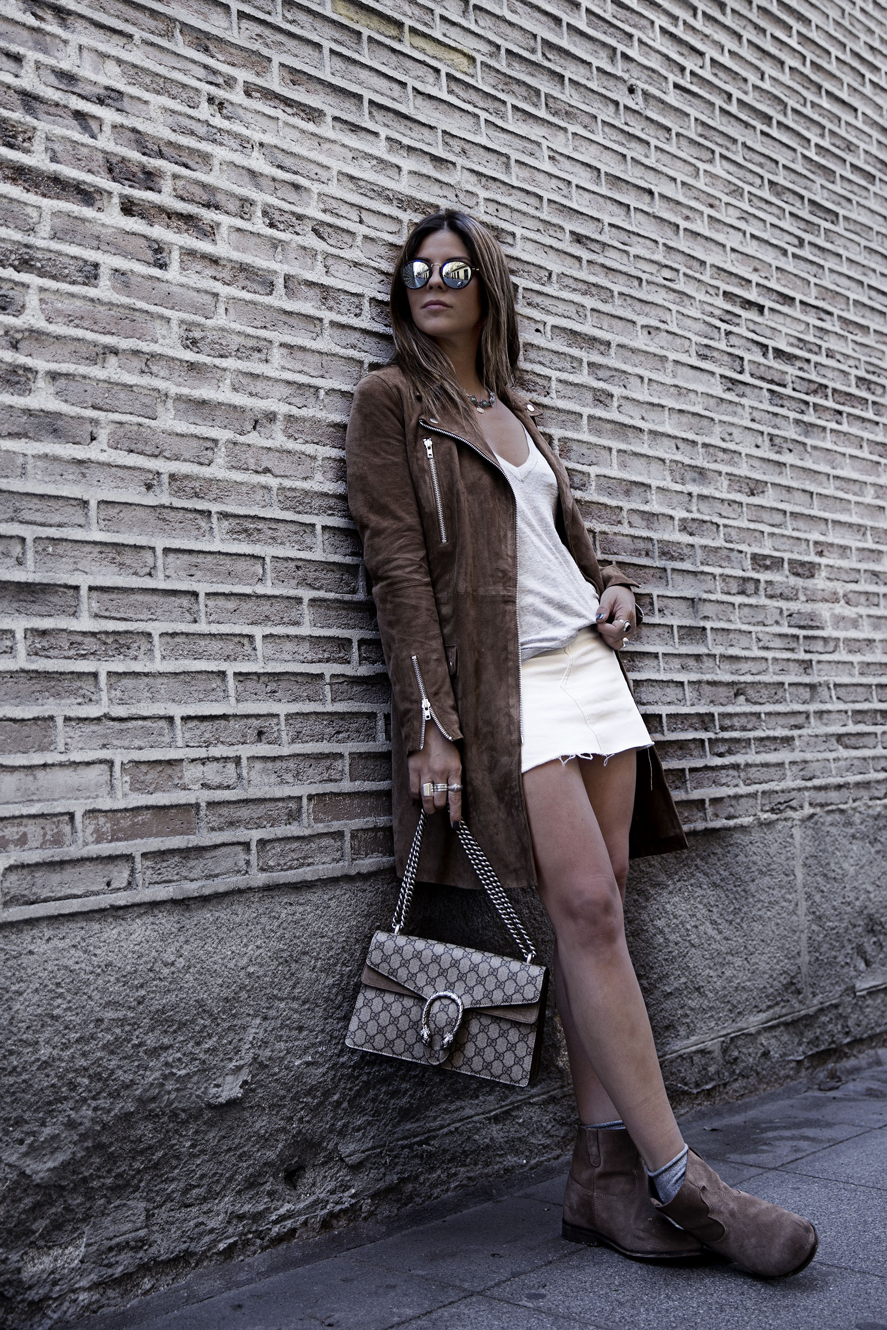 trendy-taste-street-style-blog-brown-mango-blazer-boho-chic-madrid-3