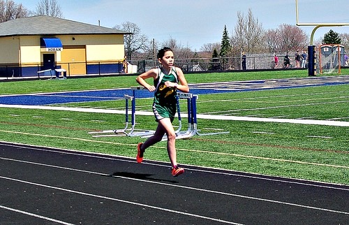 Rosie running 1600 Hoban in pain