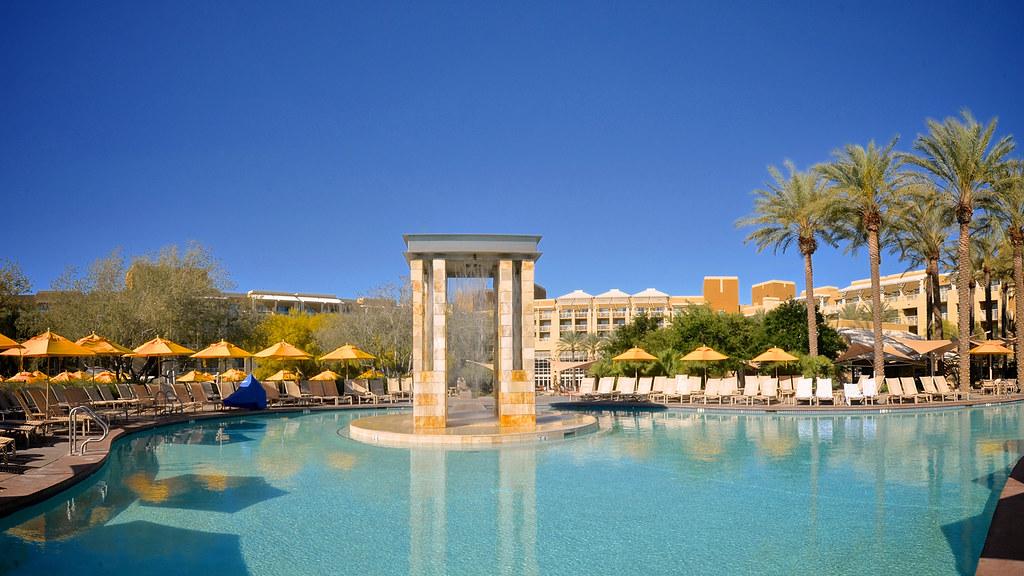 Desert Ridge Resort And Spa
