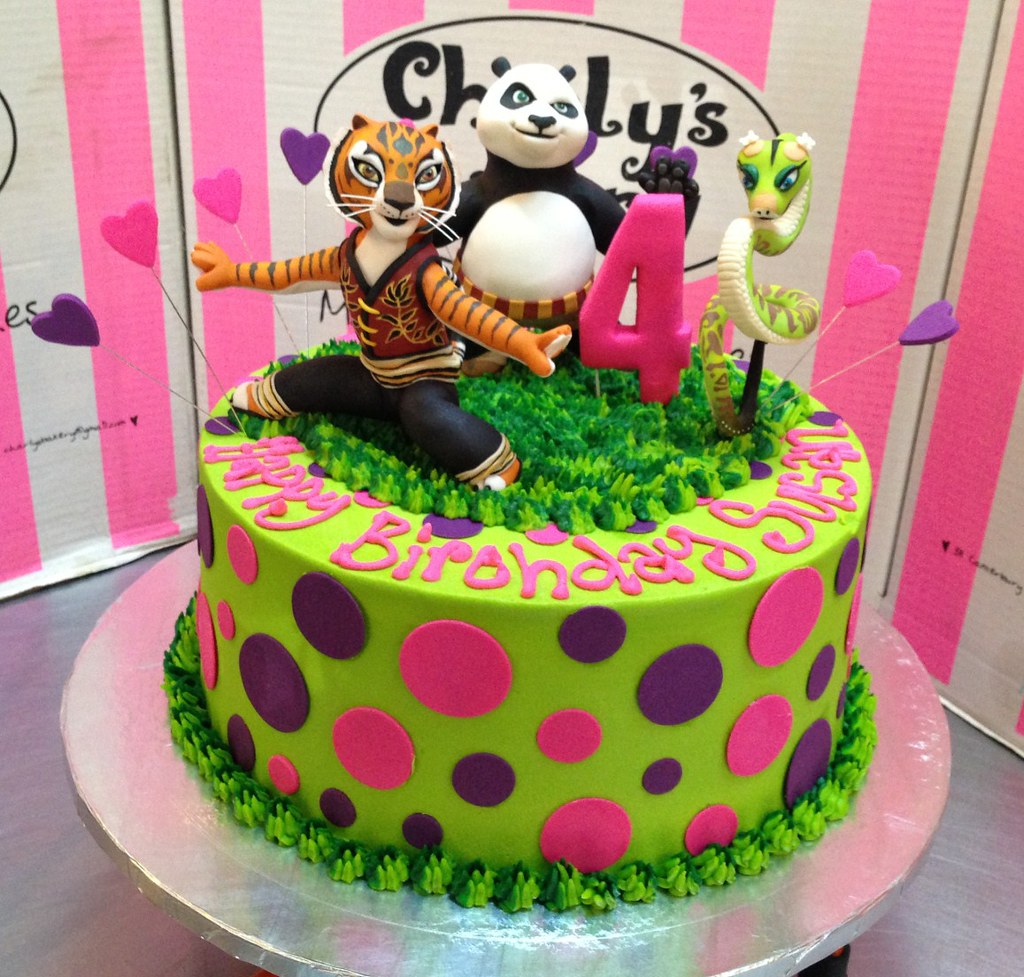 Kung Fu Panda Themed Cake With 3d Figurines Charlys Bakery Flickr