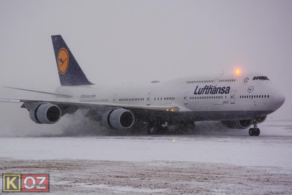 Lufthansa Boeing 747-830 Intercontinental (D-ABYF)