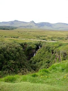 030 Uitzichtpunt een aantal kilometers voor Kilt Rock bij Lealt