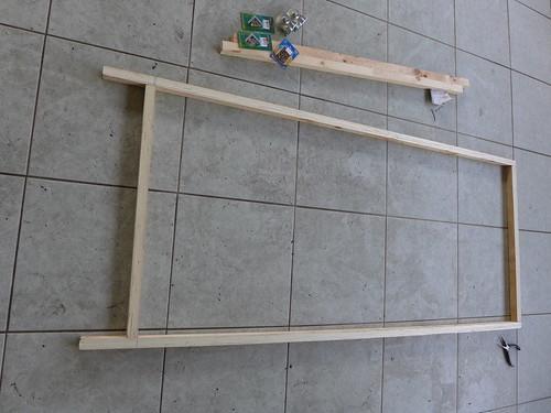 木質洞洞板站架 DIY