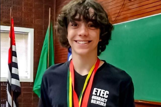 Etecs se destacam na Olimpíada Brasileira de Física das Escolas Públicas